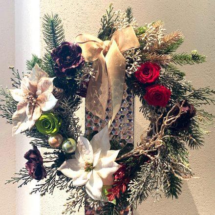 プリザーブドフラワーとアートフラワーのクリスマスリース