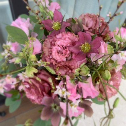 桜とピンクのお花のブーケ(生花)